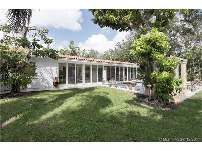 Coral Gables Single Family Home For Sale: 5911 Maynada St