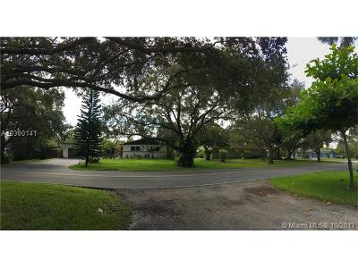 Plantation Single Family Home For Sale: 464 S Fig Tree Ln