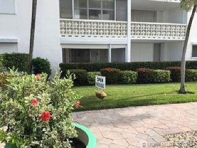 Lake Worth Condo For Sale: 1 N Golfview Rd #100