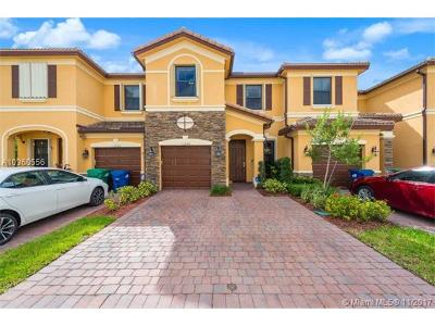 Doral Single Family Home For Sale: 11254 NW 88th Ter