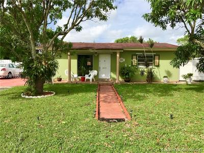 Miami Gardens Single Family Home For Sale: 3981 NW 173rd Ter