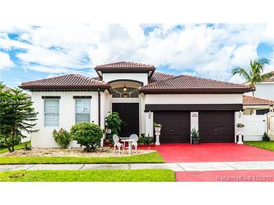 Hialeah Single Family Home For Sale: 18000 NW 90th Pl