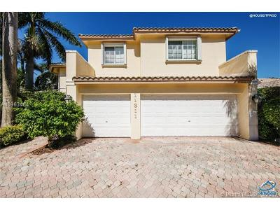 Doral Single Family Home For Sale: 11311 NW 61 St