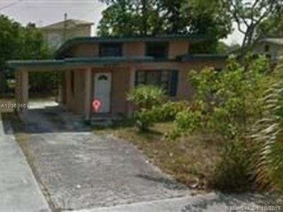 West Palm Beach Single Family Home For Sale: 4020 Greenwood Ave