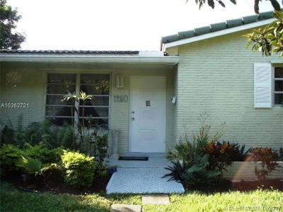 Hollywood Single Family Home For Sale: 1250 Arthur St