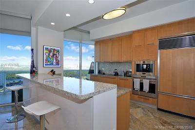 Sunny Isles Beach Condo For Sale: 16001 Collins Ave #3005