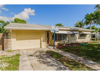 Pompano Beach Single Family Home For Sale: 415 NE 8th St