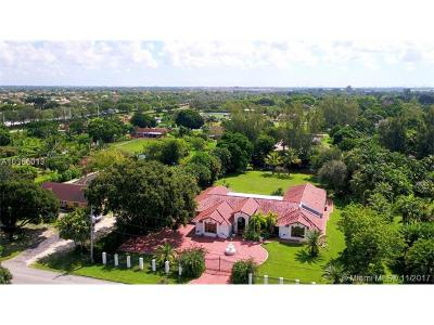 Miramar Single Family Home For Sale: 3451 SW 137th Ave