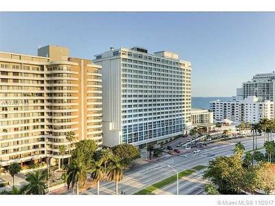 Miami Beach Condo For Sale: 5600 Collins Ave #11W