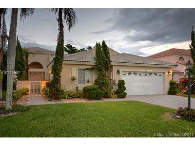 Pembroke Pines Single Family Home For Sale: 18861 NW 2nd St