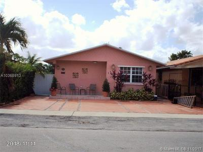 Hialeah Single Family Home For Sale: 1374 W 43rd Pl