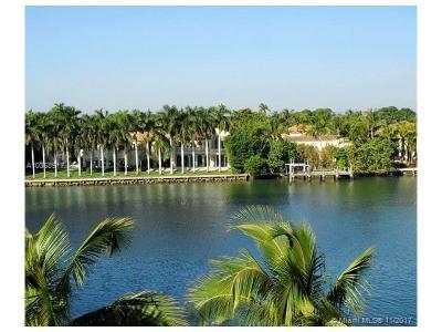 Miami Beach Condo For Sale: 5600 Collins Ave #4F