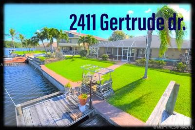 Lake Worth Single Family Home For Sale: 2411 Gertrude Dr