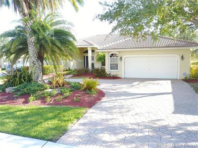 Weston Single Family Home For Sale: 2534 Eagle Run Ct