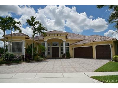 Pembroke Pines Single Family Home For Sale: 13762 NW 11th Ct
