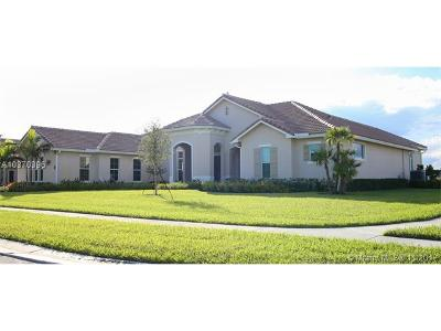 Davie Single Family Home For Sale: 5580 N Sterling Ranch Drive