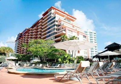 Miami Beach Condo For Sale: 5225 Collins Ave #403