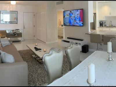 Sunny Isles Beach Condo For Sale: 17620 Atlantic Blvd #302