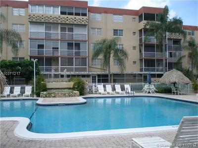 Plantation Condo For Sale: 403 NW 68th Ave #104