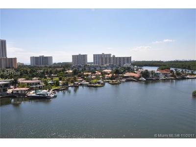 Sunny Isles Beach Condo For Sale: 400 Sunny Isles Blvd #917