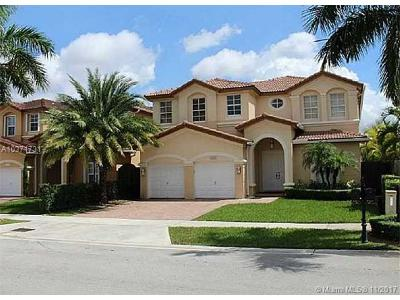 Doral Single Family Home For Sale: 8551 NW 110 Ave