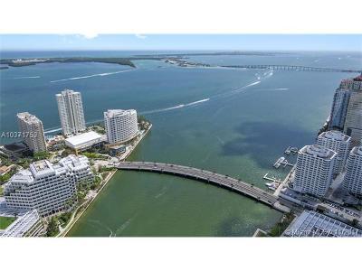 Miami Condo For Sale: 495 Brickell Ave #5705