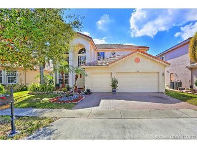 Miramar Single Family Home For Sale: 17858 SW 36th St