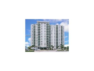 Hollywood Condo For Sale: 3000 S Ocean Dr #1216