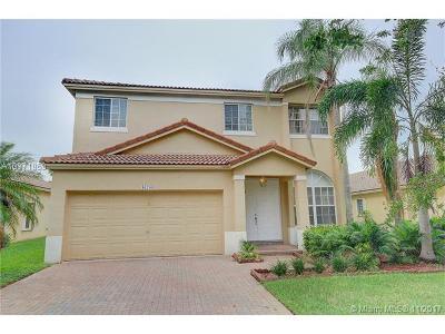 Weston Single Family Home For Sale: 16709 Sapphire Spgs