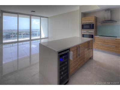 Paramount, Paramount Bay, Paramount Bay Condo, Paramount Bay Condominium, Paramount On The Bay Rental For Rent: 2020 N Bayshore Dr #4004