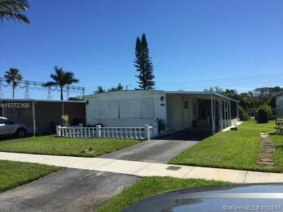 Dania Beach Single Family Home For Sale: 2460 SW 53rd St