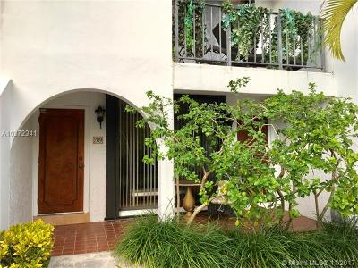 Key Biscayne Condo For Sale: 425 Grapetree Dr #209