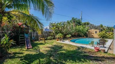 Oakland Park Single Family Home For Sale: 1410 NE 41st St