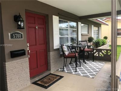 Tamarac Single Family Home For Sale: 5708 NW 70th Ter