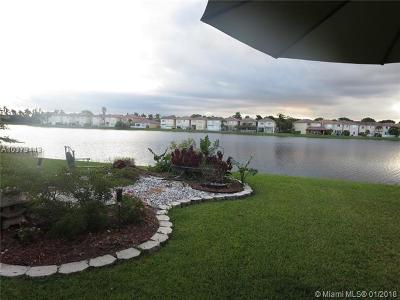 Doral Single Family Home For Sale: 6924 NW 107th Pl