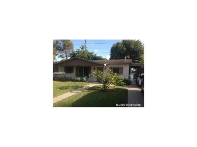 Miami Gardens Single Family Home For Sale: 4010 NW 203rd Ln