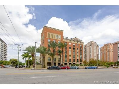 Coral Gables Condo For Sale: 671 Biltmore Way #401
