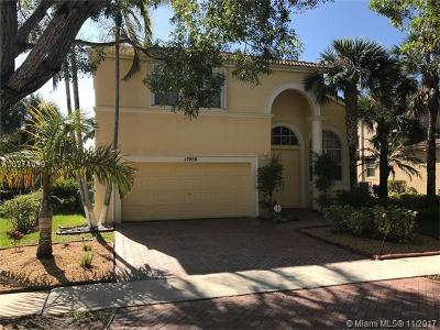 Miramar Single Family Home For Sale: 17058 SW 52nd Ct