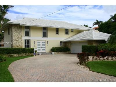 North Miami Single Family Home For Sale: 2027 NE 120th Rd