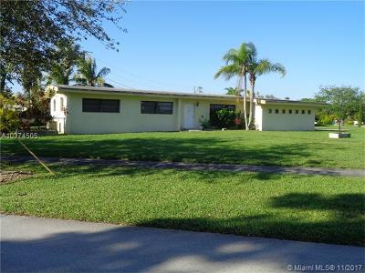 Palmetto Bay Single Family Home For Sale: 9200 SW 178th St
