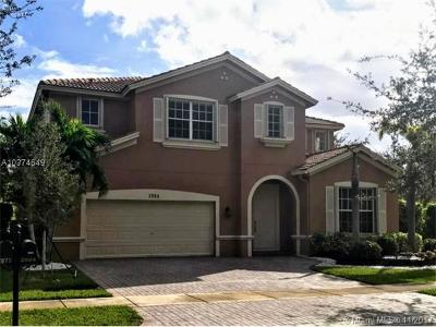 Weston Single Family Home For Sale: 3984 Cascade Ter