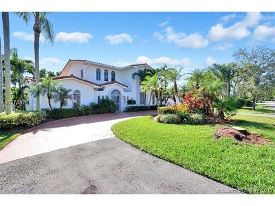 Coral Gables Single Family Home For Sale: 1534 Palancia Ave