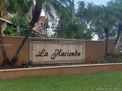 Hialeah Condo For Sale: 18308 NW 68th Ave #I