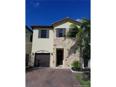 Doral Single Family Home For Sale: 10355 NW 70th Ln