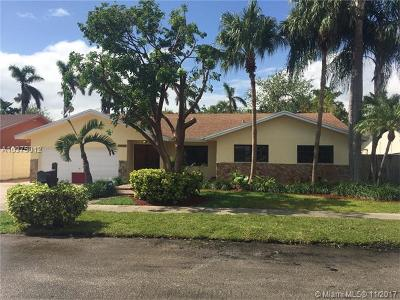 Miami Single Family Home For Sale: 10530 SW 146th Pl
