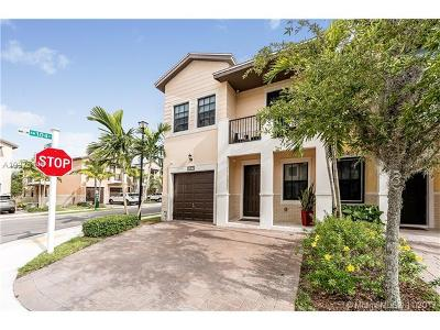 Doral Condo For Sale: 10420 NW 61st St #10420