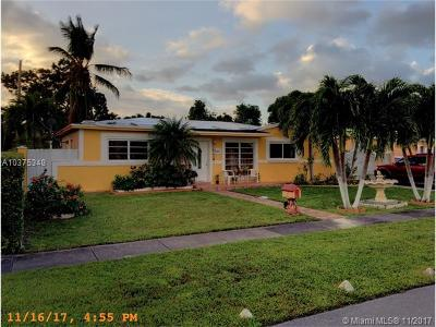 Hialeah Single Family Home For Sale: 6580 W 11th Ct