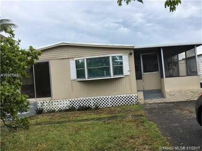 Dania Beach Single Family Home For Sale: 5311 SW 23rd Terr