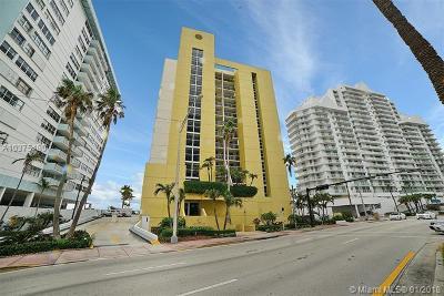 Miami Beach Condo For Sale: 5880 Collins Ave #904