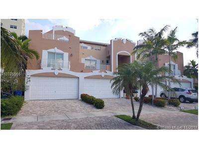 Fort Lauderdale Condo For Sale: 2632 NE 11th Ct #2632